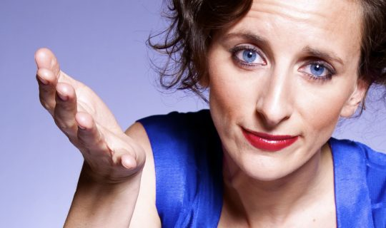 Felicity Ward: Comedian, Toilet Reviewer