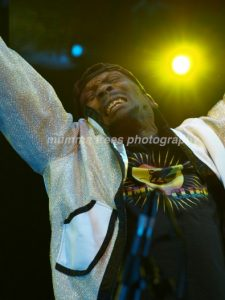 jimmy cliff mt 6.jpg.opt395x526o0,0s395x526