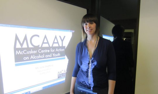 Will a minimum floor price for alcohol reduce harm in the community?