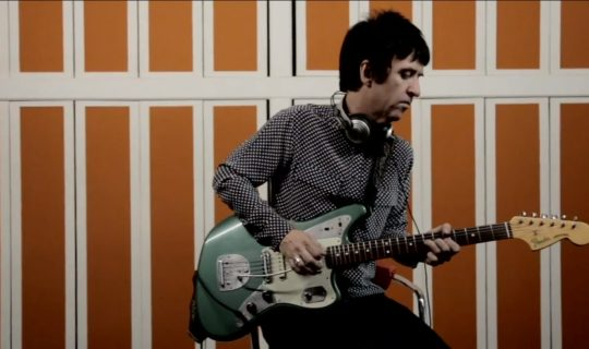 Johnny Marr Calls the Comet