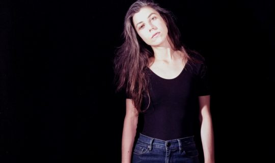 Julia Holter holts in Perth