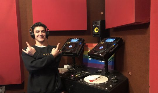 FRIDAY MIX: DJ Daddy Devito